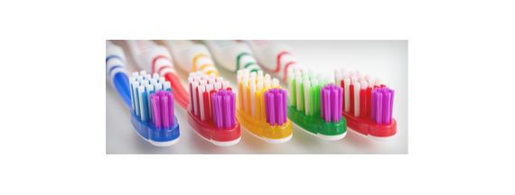 Herkömmlichen Zahnbürsten
